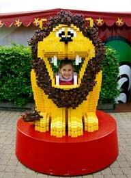 Лев из лего